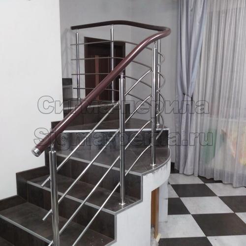 Ограждение для лестницы 2-3 ригеля поручень ПВХ, стойки металл